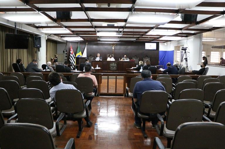 Câmara de Jaboticabal aprova dois projetos e um é rejeitado