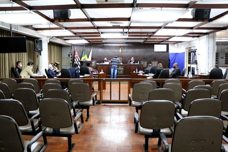 Câmara de Jaboticabal aprova nove projetos em sessão ordinária