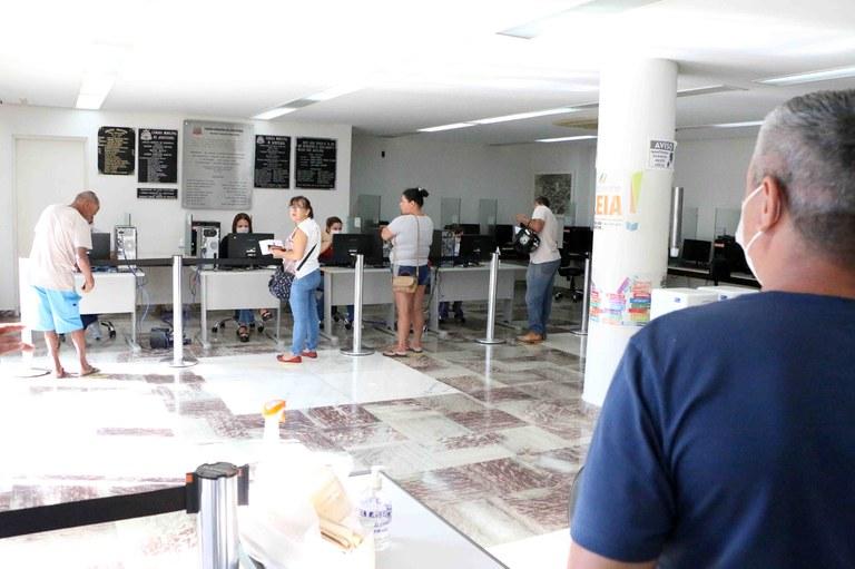 Câmara Municipal de Jaboticabal segue com serviço de ajuda para o preenchimento do Auxílio Emergencial do Governo Federal