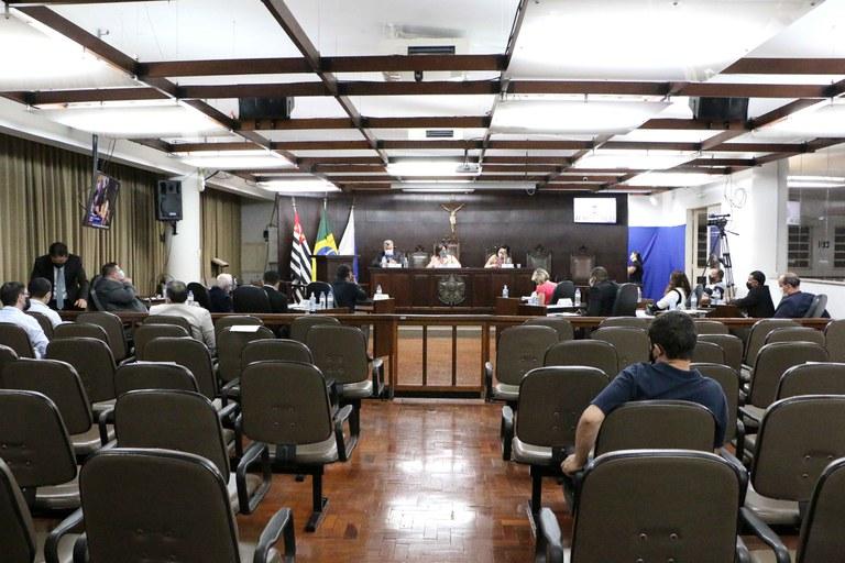 Plenário da Câmara de Jaboticabal aprova dez projetos em sessão ordinária