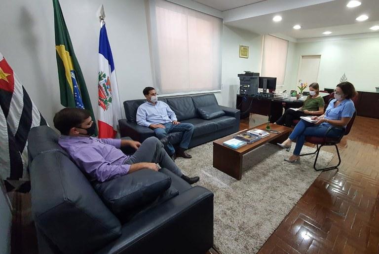 Renata Assirati defende união dos Poderes e da classe comerciária para encontrar soluções viáveis às medidas restritivas do Plano São Paulo